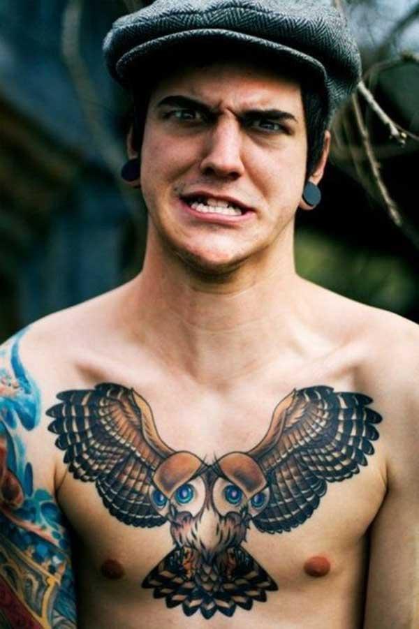 tattoo no peito