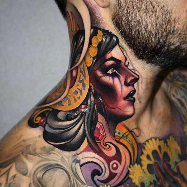 mulher colorida
