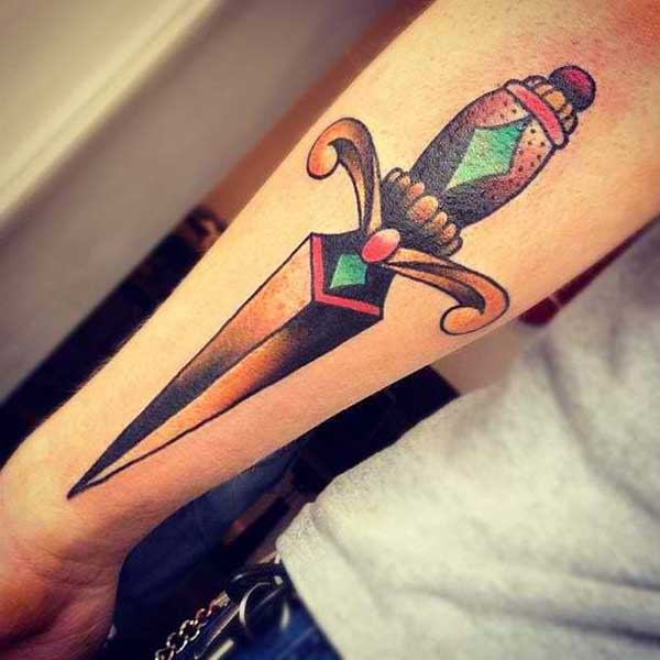 adaga para tatuar