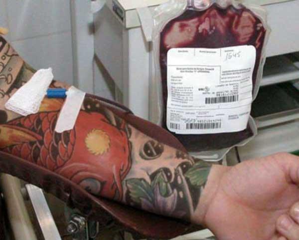quem tem tatuagem pode