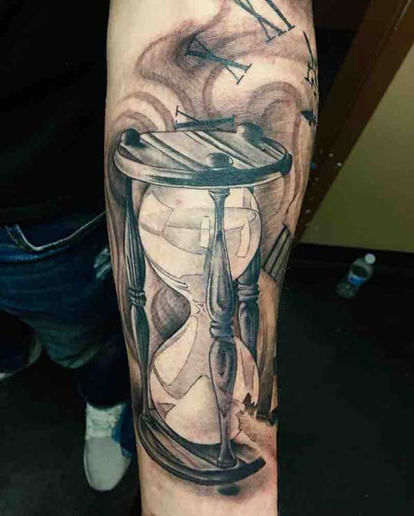 tatuagem de ampulheta